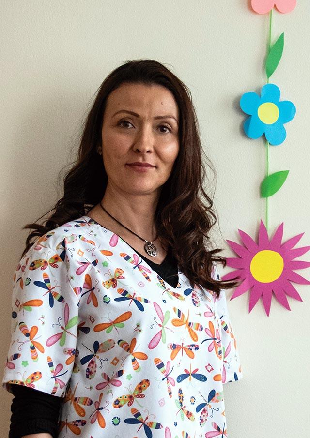 Яница Маркова - Помощник възпитател